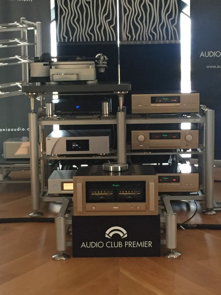 Accuphase, Tech Das y Elac