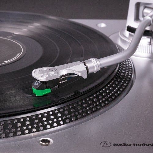 Pasa tus vinilos a digital con el AT-LP120X