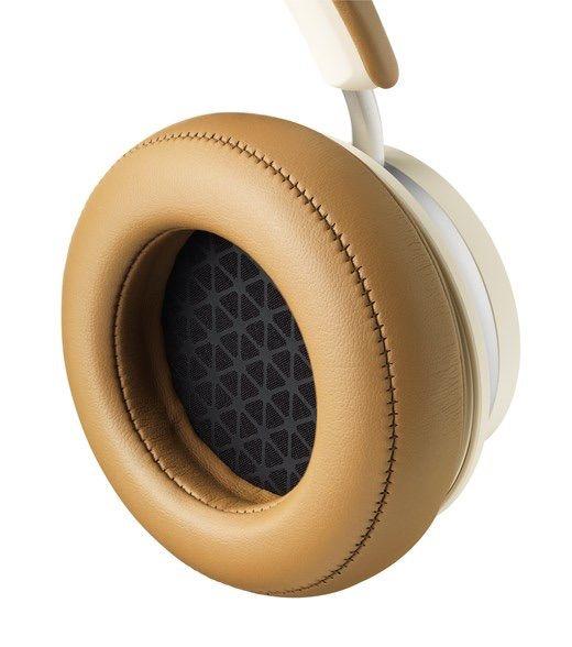Audífono de los IO-4