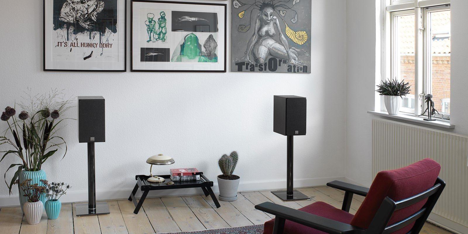 Dali Oberon 3 Negras con rejilla en interior
